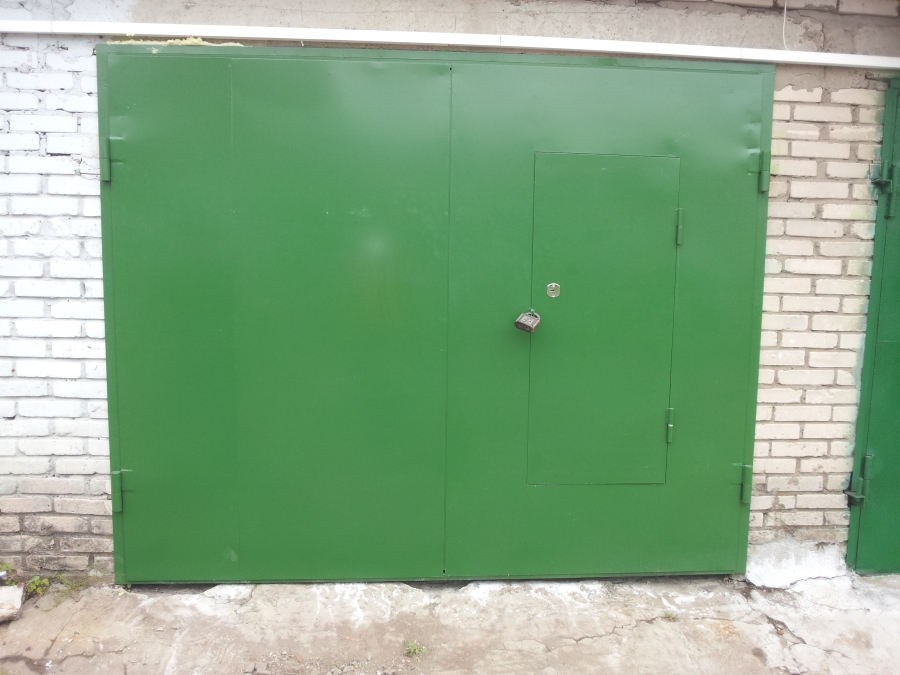 Покраска гаражных ворот своими руками 18